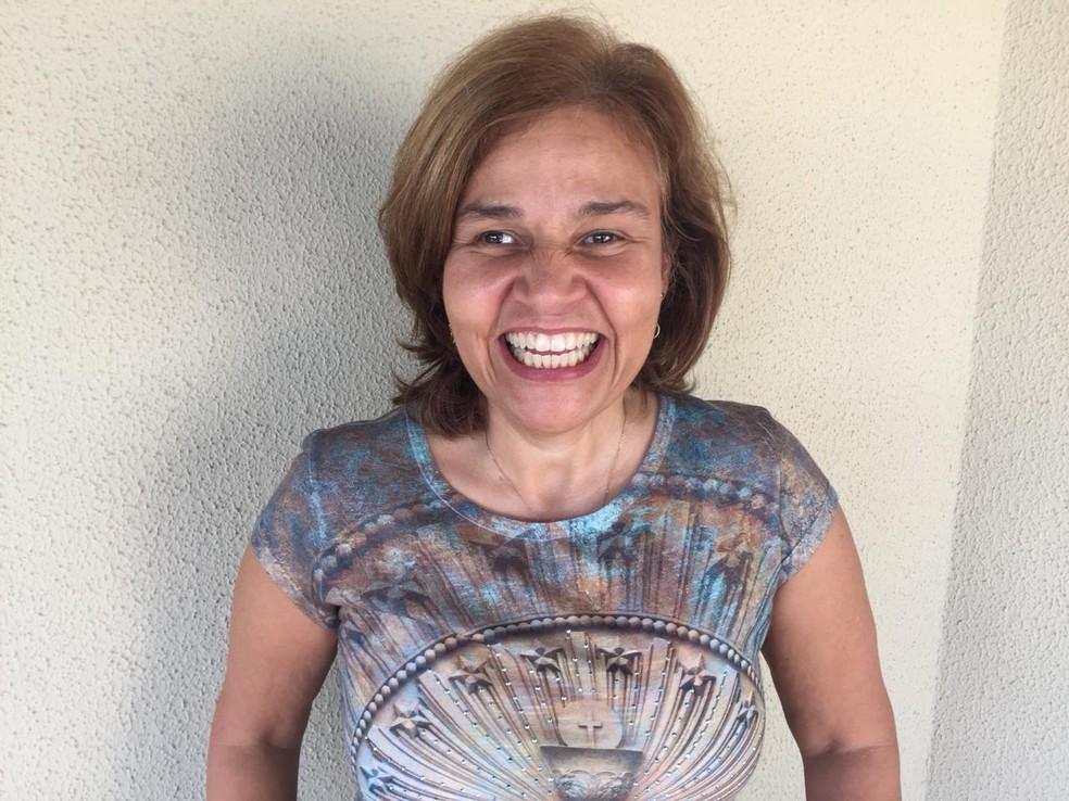 Atriz Claudia Rodrigues, em foto tirada na sexta-feira (6), quando deixou clínica de Engenheiro Coelho (Foto: Adriane Bonato/Arquivo pessoal)