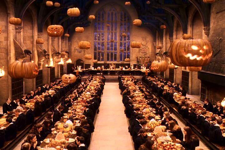 Comemoração de Halloween em Hogwarts (Foto: Warner Bros/Divulgação)