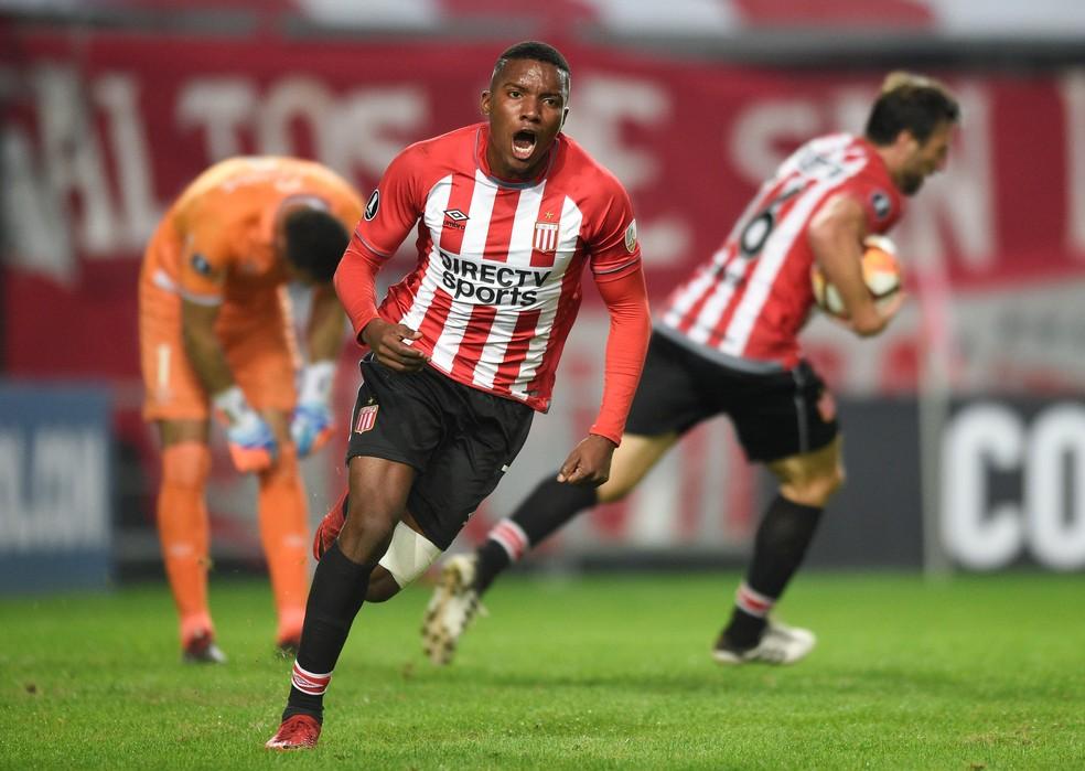 Otero foi autor do gol da classificação (Foto: Gustavo Garello/Reuters)