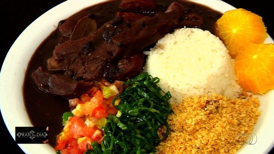 Veja receita de feijoada que faz sucesso em restaurante de Goiânia