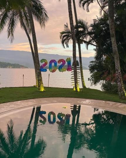 Festa das amigas na Ilha durou até o amanhecer (Foto: Reprodução instagram)