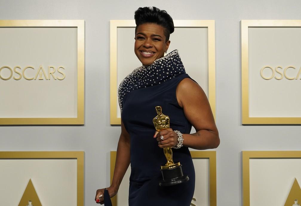 """Mia Neal vence Oscar de melhor maquiagem pelo trabalho em """"A Voz Suprema do Blues"""" — Foto: AP Photo/Chris Pizzello"""