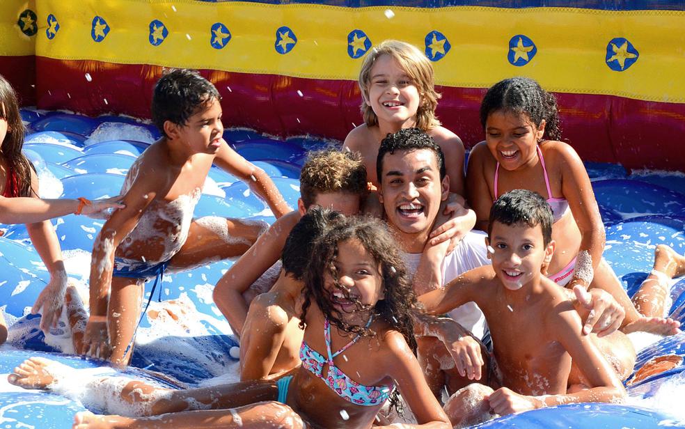 Colônias de férias trazem opções divertidas para as férias escolares  (Foto: Sesi GO/Divulgação)