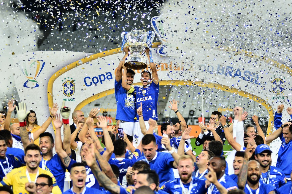 Cruzeiro conquistou a Copa do Brasil no ano passado, pela segunda vez seguida e a sexta na história — Foto: Marcos Ribolli