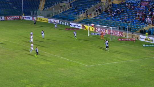 Com gol e assistência, Vitor Feijão comemora oportunidade em goleada do Ceará