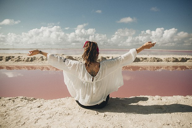 O impressionante Lago Rosa  em Las Coloradas, no México (Foto: We Are Alive)