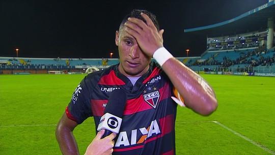 """Pedro Bambu valoriza ponto conquistado contra o Avaí: """"Temos que comemorar"""""""