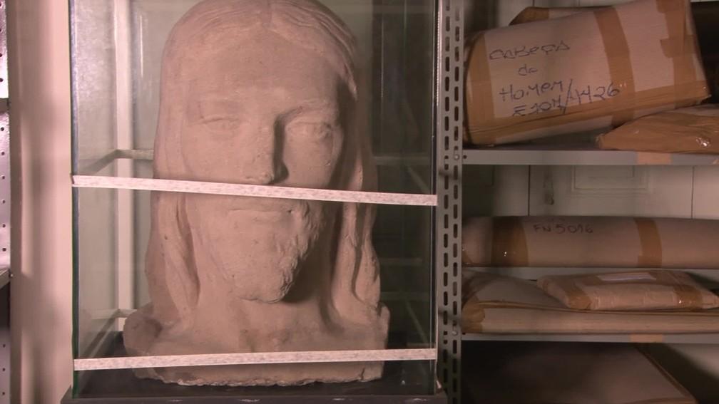 Estudo da cabeça do Cristo Redentor, feito em terracota pelo escultor francês Paul Landowski, guardada no Museu Histórico da Cidade do Rio de Janeiro — Foto: Gustavo Wanderley/ G1