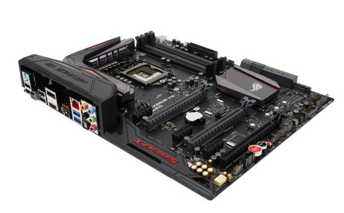 Modelo da linha ROG traz construção reforçado e suporte a memórias DDR 4 de até 3.800 MHz (Foto: Divulgação/Asus)