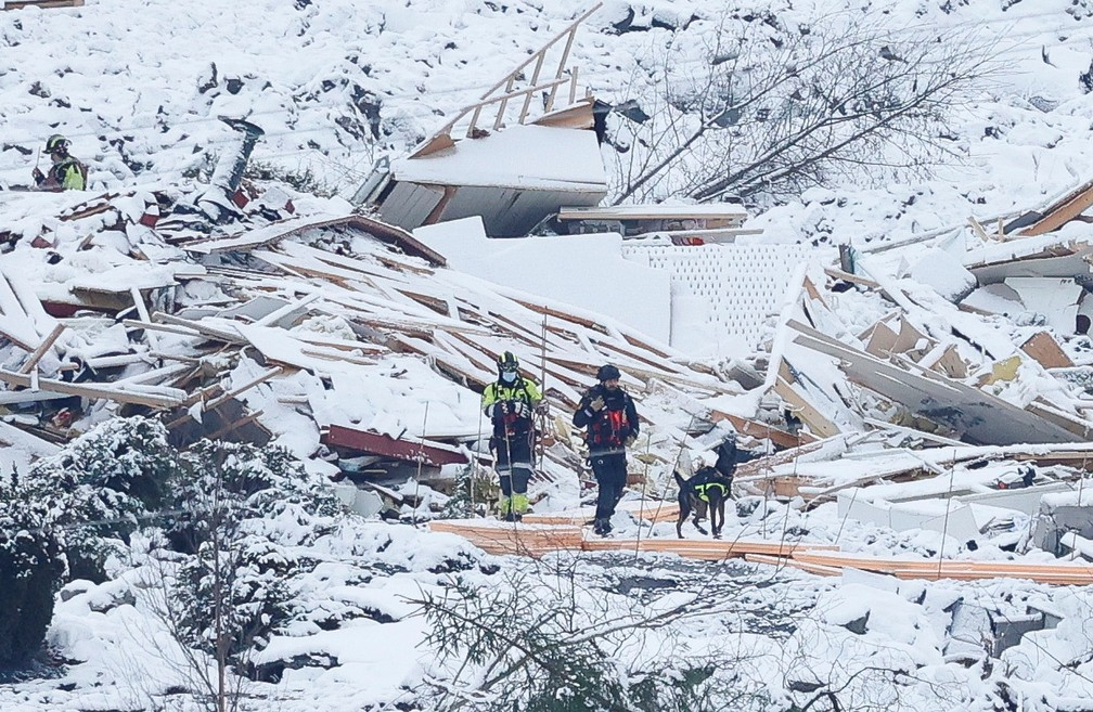 Deslizamento deixa mortos na Noruega — Foto: Reuters