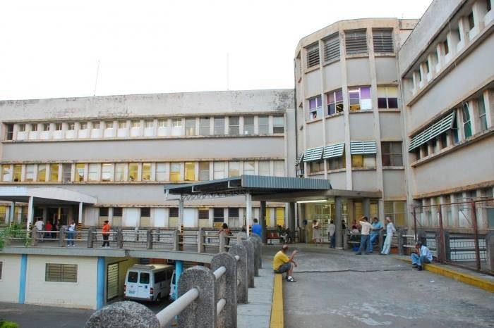 Unidades de referência, HCs de Botucatu e Marília atingem 100% de ocupação na UTI Covid