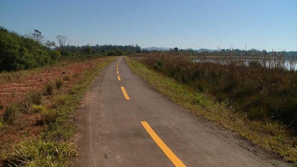 Mulher saiu para caminhar no sábado e não retornou para casa em Santa Cruz do Sul (Foto: Reprodução/RBS TV)