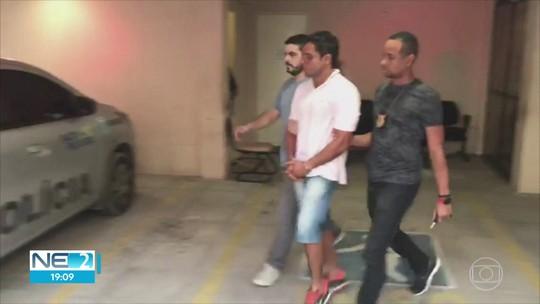 Homem filmado agredindo idoso em condomínio no Recife é preso