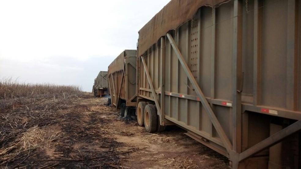 Chamas se alastraram até caminhão de usina (Foto: Reprodução / TV TEM)