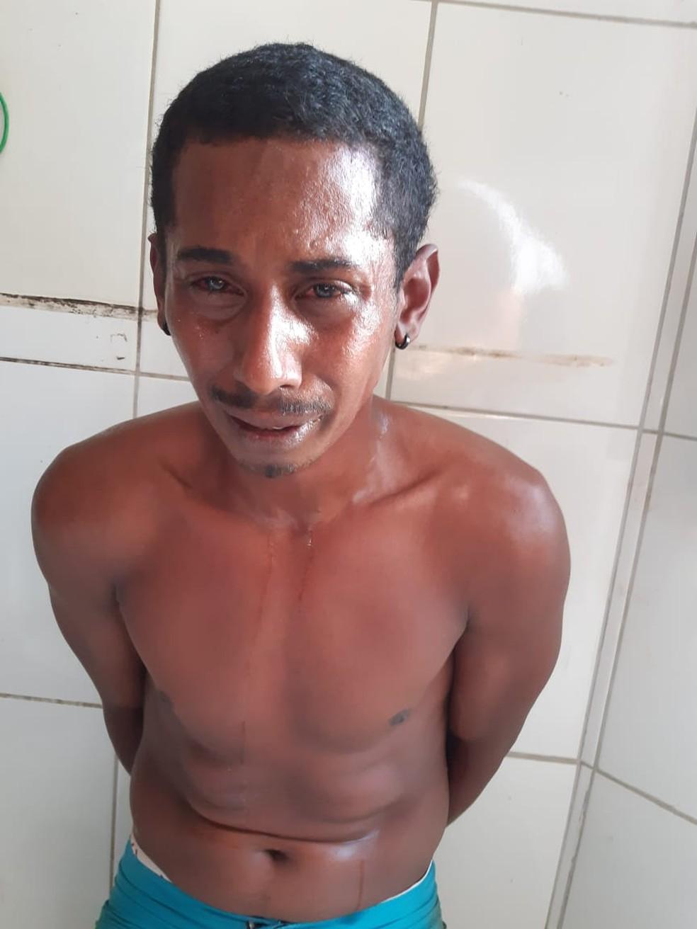 Ele chorou depois de ter sido preso — Foto: Divulgação