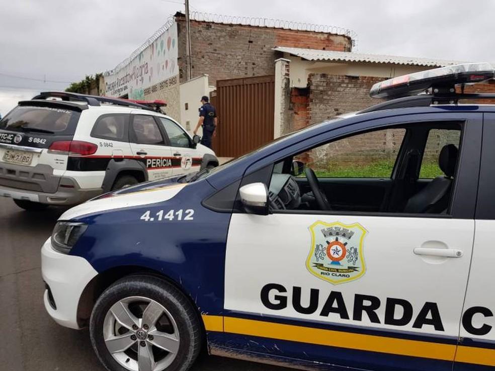 Mulher é suspeita de matar o companheiro em Rio Claro — Foto: Vlada de Santis/Jornal Cidade