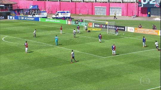Corinthians troca trinta passes para fazer o terceiro gol