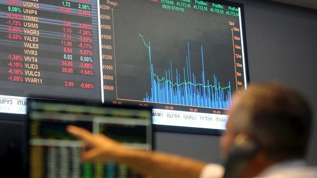 Tela mostra índices de mercado na bolsa de valores de São Paulo (Foto: Paulo Whitaker/Reuters)
