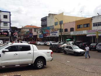 Centro comercial Taguacenter, em Taguatinga (Foto: Isabella Calzolari/G1)