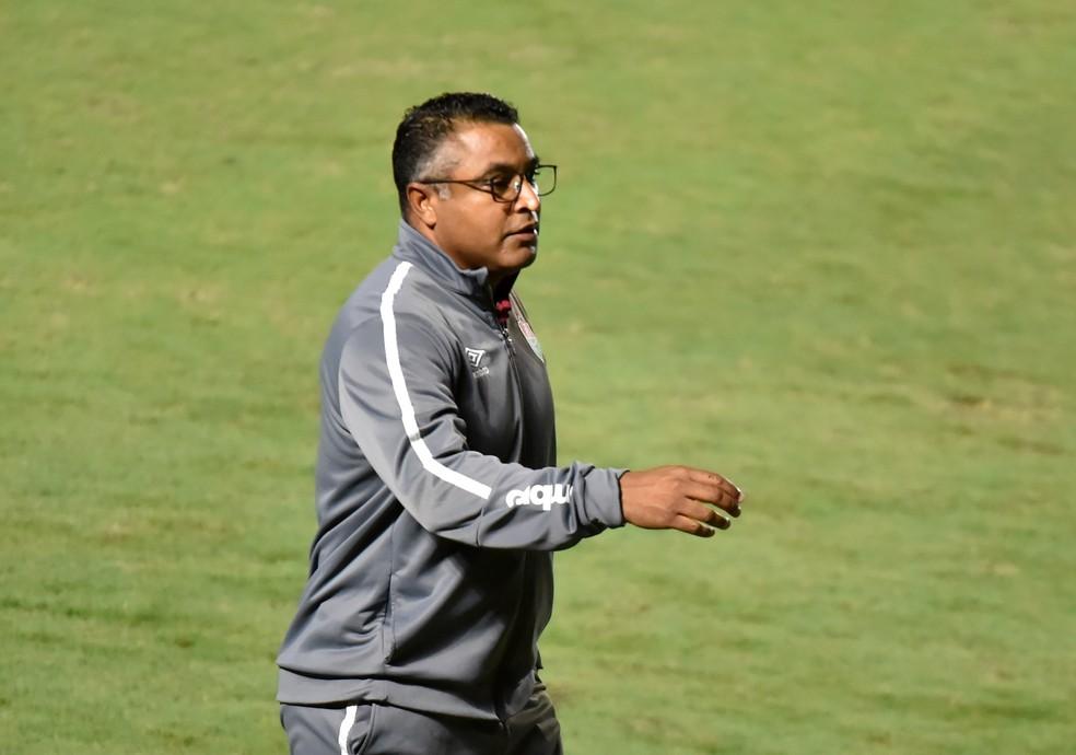 Roger Machado, técnico do Fluminense — Foto: André Durão