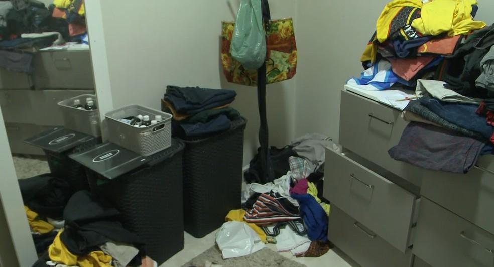 Casa de casal que morreu de Covid-19 no intervalo de 20 minutos é invadida e tem objetos furtados, na PB — Foto: Beto Silva/TV Paraíba