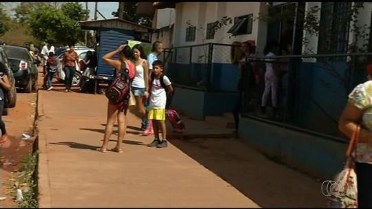 Professores de Santo Antônio do Descoberto reduzem aulas por não receberem valor integral das férias