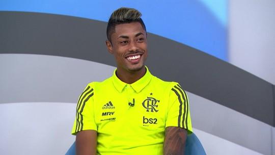 """Bruno Henrique comenta bom início no Flamengo e diz que não pensa no futuro: """"Eu vivo o hoje"""""""