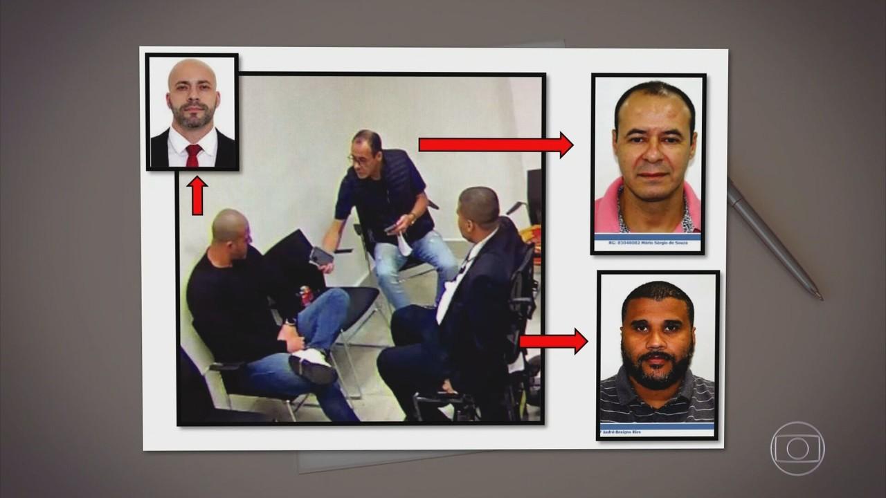 Câmeras flagraram assessores entregando celulares a Daniel Silveira na prisão