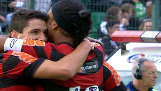"""Em clube da Série D, volante lembra do dia que teve a missão de marcar R10: """"Grande jogo"""""""