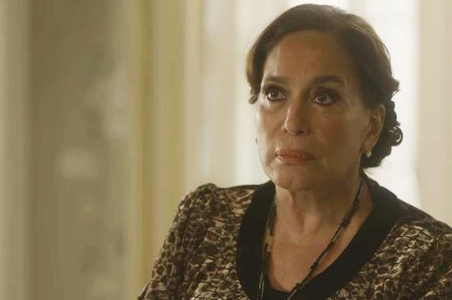 Susana Vieira é Emília em 'Éramos seis' (Foto: TV Globo)