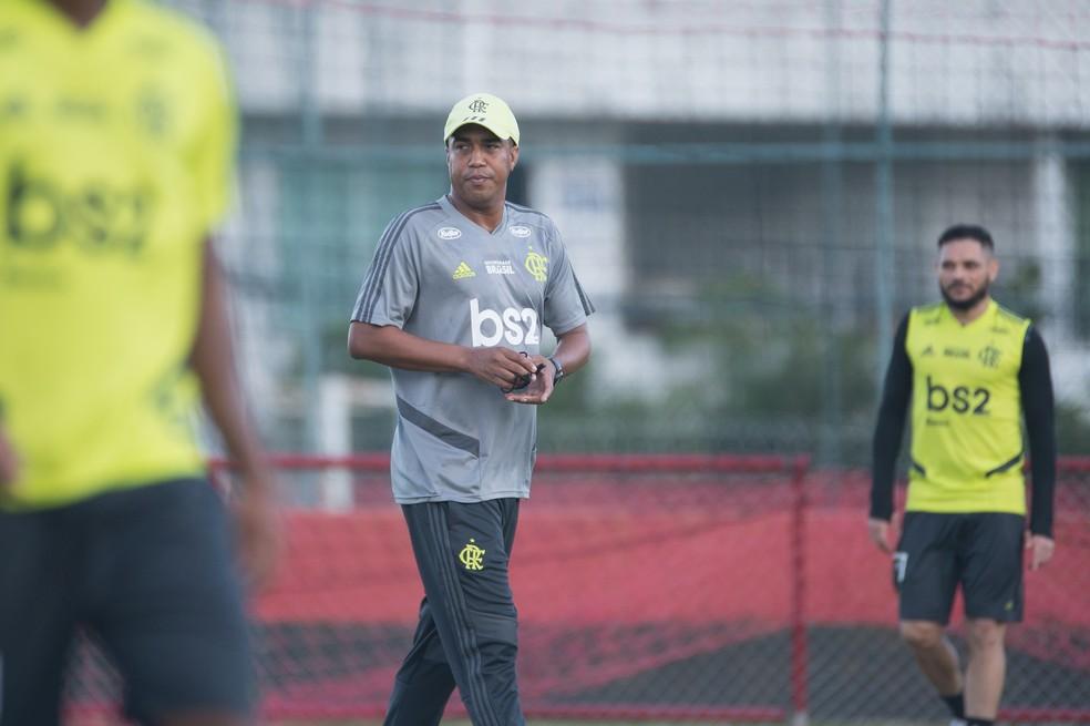 Marcelo Salles está de folga até que tenha situação definida. Marcos Braz deseja permanência — Foto: Alexandre Vidal / Flamengo
