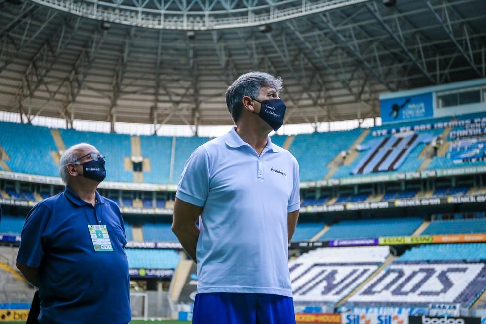 Presidente Romildo Bolzan Júnior e técnico Renato Portaluppi — Foto: Lucas Uebel/Grêmio