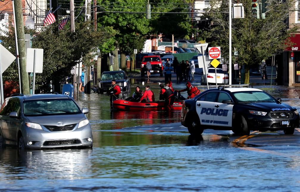 Enchentes em Nova York por conta do furacão Ida — Foto: Mike Segar/Reuters