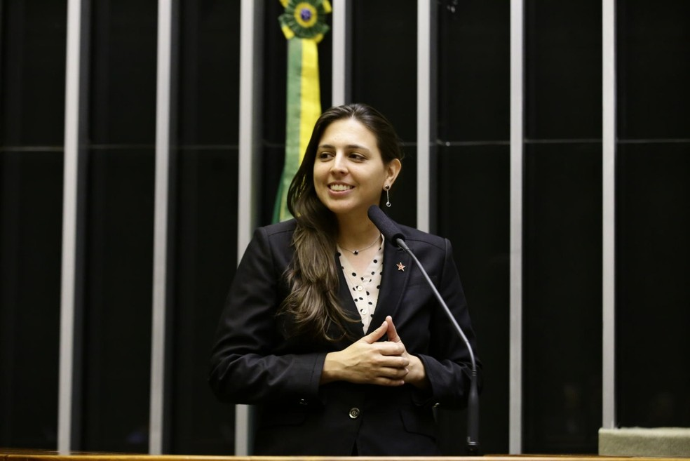 Natália Bonavides divulga que testou positivo para coronavírus — Foto: Secom