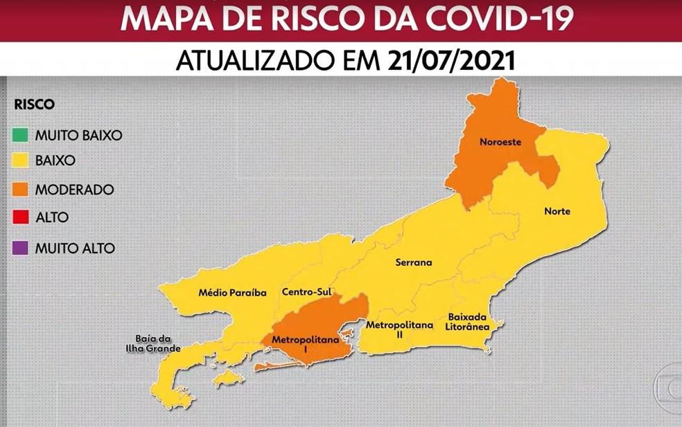 O mapa mais recente divulgado pelo Governo do Estado aponta risco de contaminação moderado na capital e no Noroeste Fluminense. — Foto: Reprodução/TV Globo