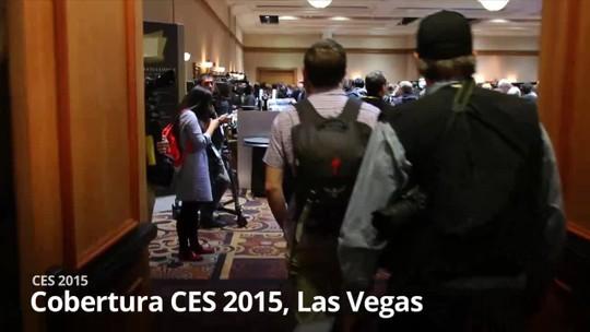 Lenovo lança Yoga 3, notebook mais leve do mundo e pulseira fit de 'vida longa'
