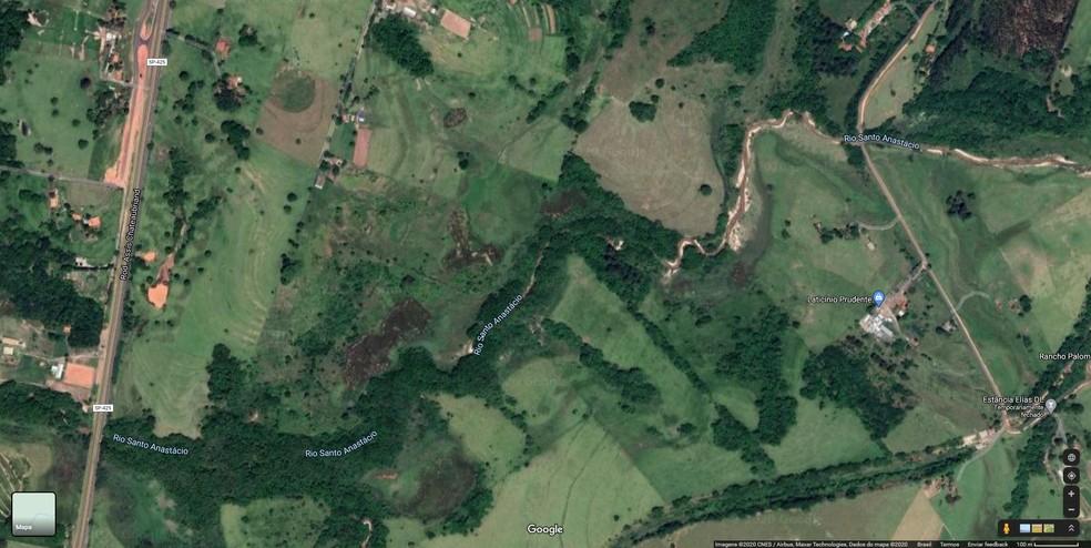 Rio Santo Anastácio abastece a cidade de Presidente Prudente — Foto: Reprodução/Google Maps
