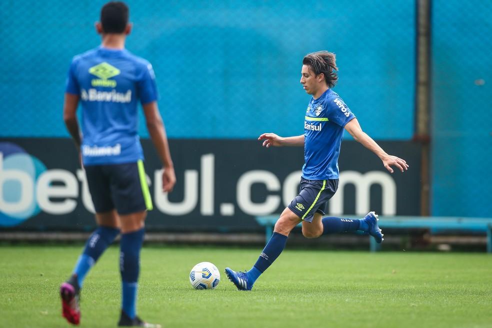 Geromel em treino do Grêmio — Foto: Lucas Uebel/Grêmio
