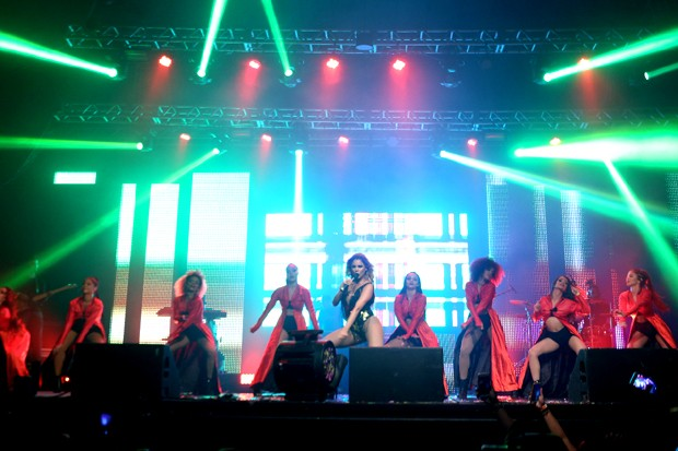 Lexa na estreia da sua turnê Sacode da Lexa (Foto: Divulgação)