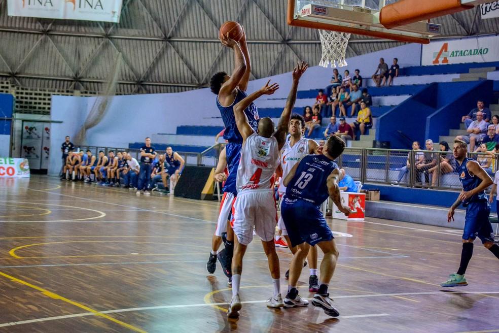 São José venceu o Osasco na primeira partida das oitavas de final — Foto: Arthur Marega Filho/São José Basketball
