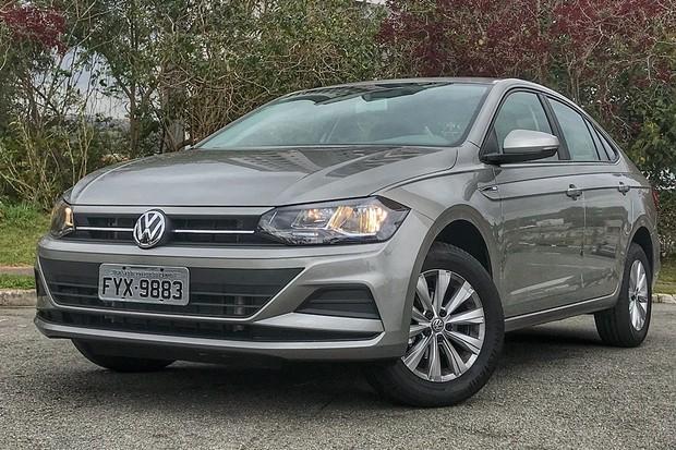 VW VIRTUS 1.6 MSI COM CÂMBIO AUTOMÁTICO TEM MENOS EQUIPAMENTOS PARA PÚBLICO  PCD db15b01d420de