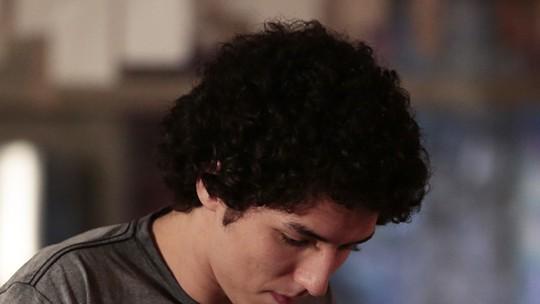 Últimos capítulos: Bruno rouba anel de Pia