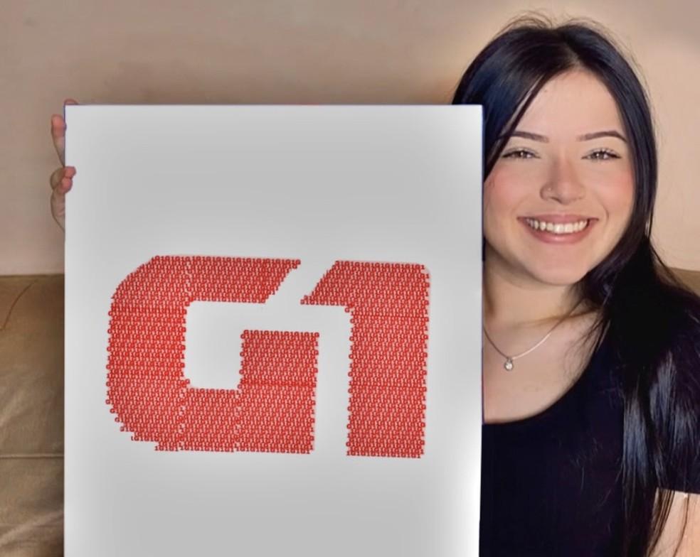 Ana Clara desenhou a logomarca do G1 utilizando o método da escrita para formar a imagem. — Foto: Arquivo Pessoal