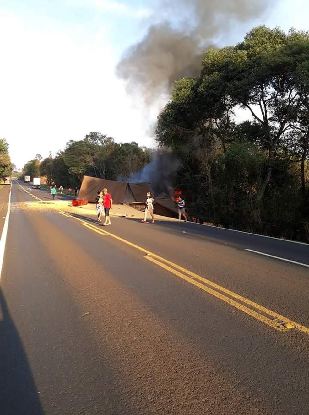 Caso aconteceu na manhã deste sábado (31), na região central do Paraná — Foto: Colaboração/Hercules Folador
