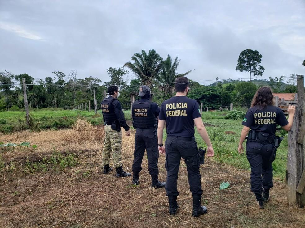 Agentes cumprem mandados judiciais na Operação Coordenação em Rondônia — Foto: PF/Divulgação