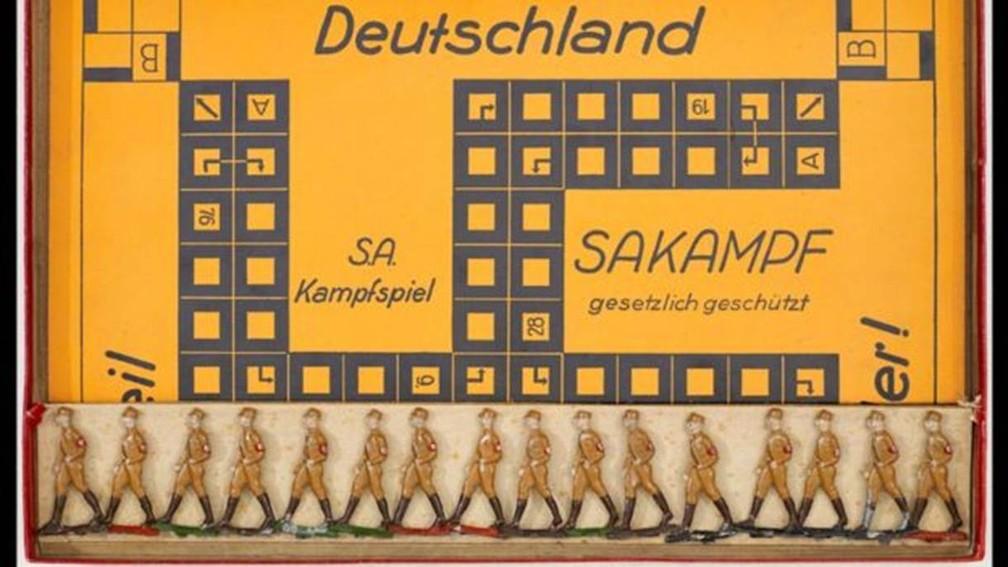 No jogo de tabuleiro Sakampf, de cunho antissemita, o objetivo era destruir a democracia alemã. — Foto: Cortesia do The Wolfsonian-FIU (via BBC), Miami Beach, Flórida (via BBC)