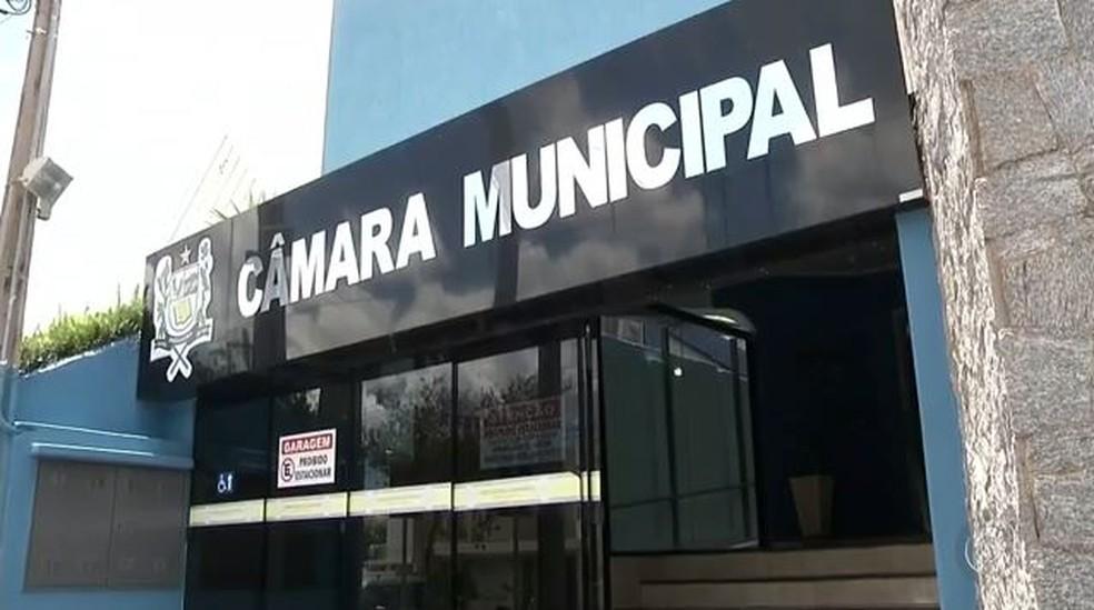 Departamento jurídico da Câmara de Andradina (SP) informou que não foi notificado sobre investigação (Foto: Reprodução/TV TEM)