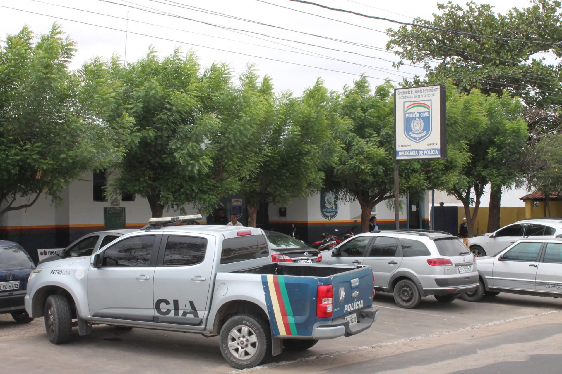 Polícia prende duas mulheres suspeitas de comercializar drogas em Petrolina, PE - Notícias - Plantão Diário