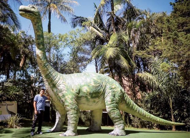 Os dinossauros da Vila Encantada são perfeitos para fotos (Foto: Divulgação)
