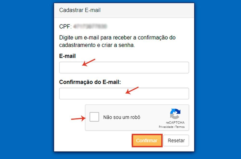 Informe um endereço de e-mail válido para cadastrar a senha — Foto: Reprodução/ Caroline Doms